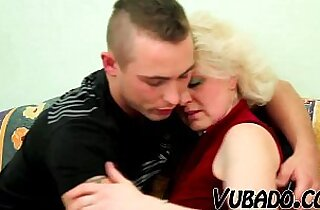OLD BLONDE MILF sucks and FUCKS YOUNG DUDE !!