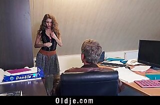 Sexy secretary blackmails her old boss for dirty fuck and facial