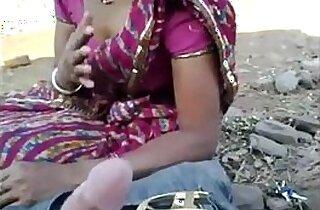 desi randi village bhabhi sucking guys cock talking sexy
