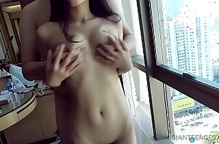 Amateur with petite Chinese slut