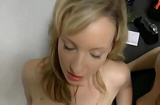 Hot mom teaches step daughter fuck each other with husband
