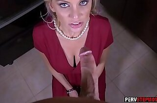 Shoplifting MILF stepmom sucked a stepsons dick for silent