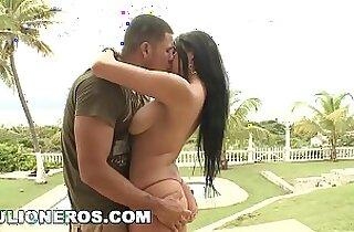 CULIONEROS Poolside Sex With Babe Juliana