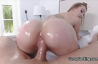 Beautiful PAWG raver oiled and fucked