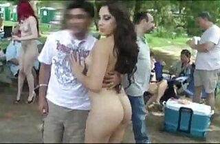 ass, Big butt, flashing, outdoor, public place