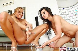 fisted, HD, hornylesbo, orgasming, perfection, sapphic erotica, squirt