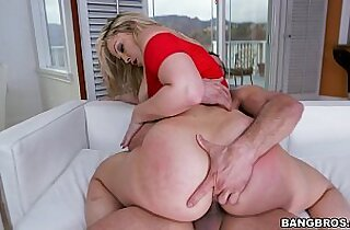 PAWG Alexis Texas Claps Back with Her Big Ass